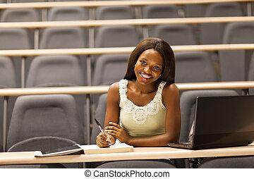 vrouwelijke afrikaan, college student, in, klaslokaal
