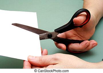 vrouwen, hand, holle weg, papier, met, schaar