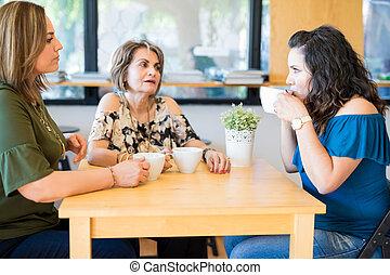 vrouwen, het hebben van koffie, op, koffiehuis