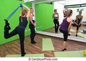 vrouwen, in, een, fitness midden