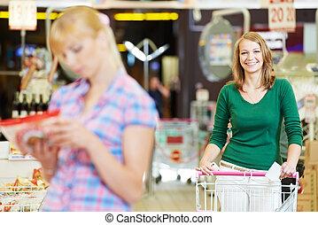vrouwen, op, supermarkt, shoppen