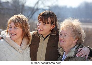 vrouwen, van, drie generaties, van, een, gezin