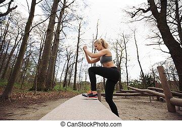 vrouwlijk, atleet, het uitwerken, in, natuur