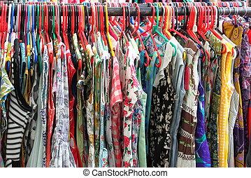 vrouwlijk, kleren