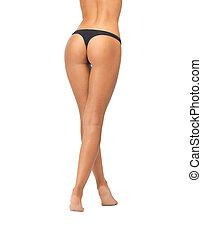 vrouwlijk, peuk, in, zwarte bikini, slipjes