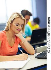 vrouwlijk, universiteit, werken, schrijvende , student, stand