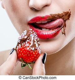 vrouwlijk, verleiding, -, chocolade, lippen, aardbeien, mond...
