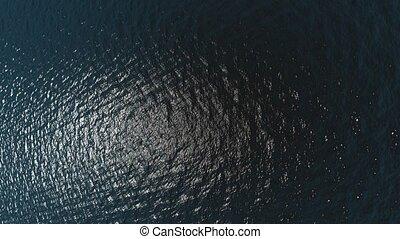 vue aérienne, de, vagues océan