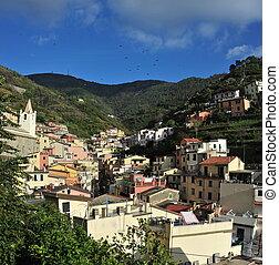 vue aérienne, de, vernazza, -, petit, italien, ville, dans, les, province, de, spezia, liguria, nord-ouest, italy.