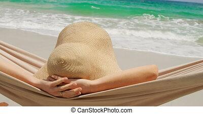 vue, arrière, hamac, délassant, caucasien, 4k, femme, plage