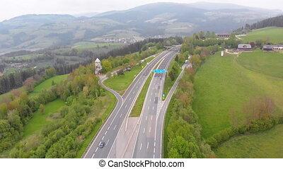 vue, autoroute, montagnes, aérien, viaduc, piliers, béton