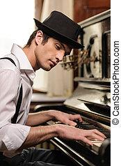 vue, côté, jeune, virtuose, piano., piano, beau, jouer, homme