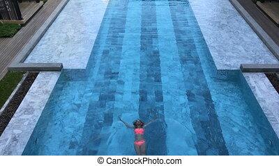 vue dessus, girl, piscine, natation