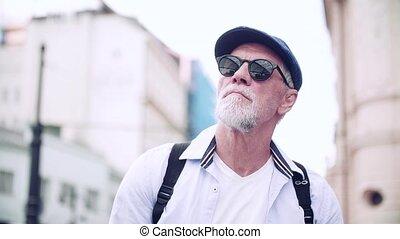 vue, devant, debout, personne agee, aveugle, city., lunettes...