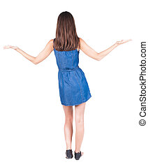 vue, main, sandales, dos, belle femme, tient, haut.