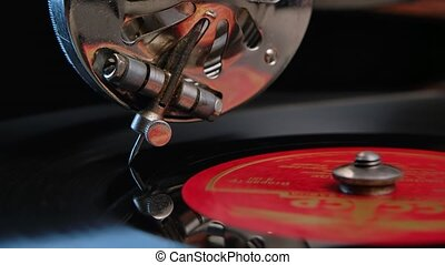 vue, motion., haut, gramophone., jouer, stylus, facilement, vendange, enregistrement, glissement, rotation, retro, turntable., vinyle, noir, aiguille, lent, fin, détail, concept.