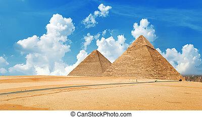 vue, pyramides