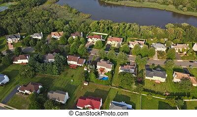 vue, secteur résidentiel, maison, rivière
