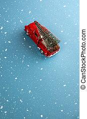 vue., trend., porte, humeur, delivery., voiture, dos, sommet, cadeau, concept, space., fête, noël, blue-aquamarine, arbre, fond, simple, sous, rouges, neige, sauver, miniature