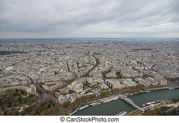vue ville, paris, jour nuageux