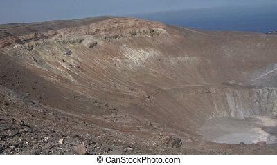 Vulcano crater 03 - Grand crater Vulcano, Italy