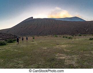 vulkan,  telica, Resa,  trekking