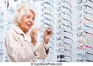 wählende gläser, in, optiker, kaufmannsladen