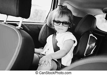 wóz, dziewczyna