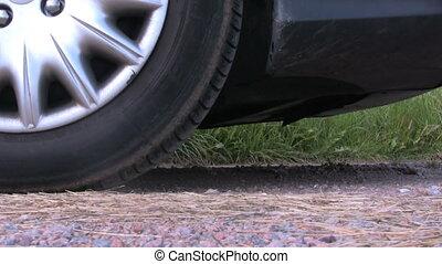 wóz, przyśpieszając