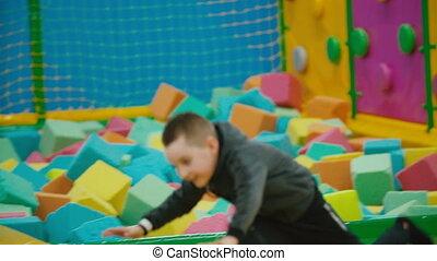 w razie, chłopiec, podejścia, trampolina