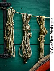 Wagon Ropes