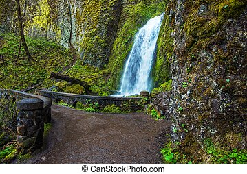 Wahkeena Falls Oregon - Wahkeena Falls and Footbridge,...