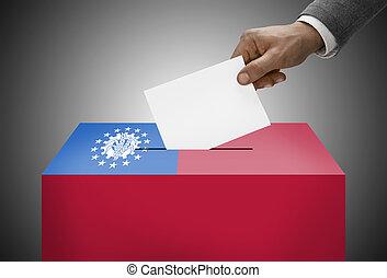 wahlurne, gemalt, in, nationales kennzeichen, farben, -, republik, der, gewerkschaft, von, myanmar