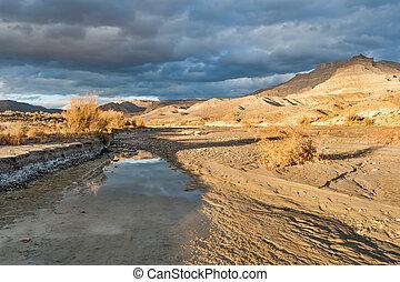 Wahweap wash in Utah desert