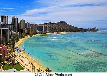 Waikiki Beach, Diamond Head on the island of Oahu, Hawaii