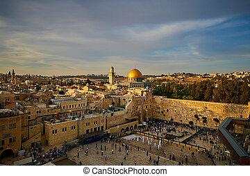 Wailing wall and Al Aqsa in Jerusalem, sunset view