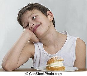 Waiting for a cream bun