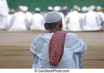 waiting for namaz on eid ul fitr