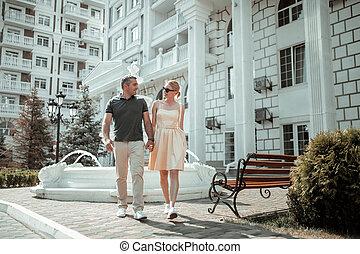 walk., haladó, férj, feleség