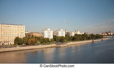 Walk over Moskva river hyperlapse - Bolshoy Ustinsky Bridge...