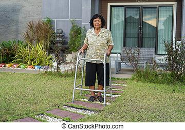 walker, oude vrouw, wandelende