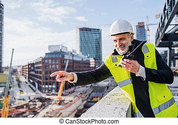 walkie, site., homme, construction, talkie, ingénieur, utilisation