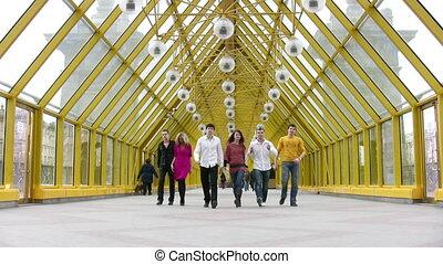 walking friends group 2 - Walking group of friends 2