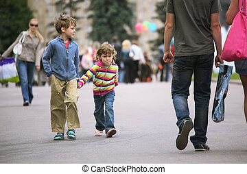 walking kids