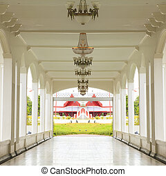 Walkway and ceiling lamps