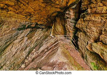 Walkway - Crack in the Rocks, KY