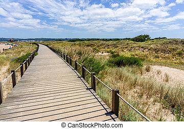 Walkway to White Sand Beach, in Sao Martinho do Porto, Portugal