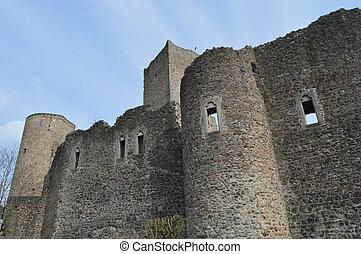 Wall of the castle of useldange