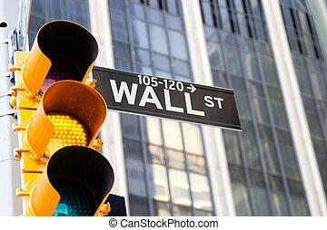 wall street zeichen, und, gelber , verkehrsampel, new york