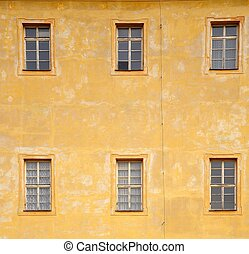 Wall with windows